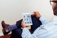 Czas pracy – co warto wiedzieć o rozliczaniu czasu pracy?