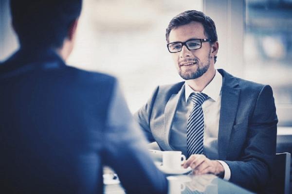 Czy warto zatrudniać pracowników z zagranicy?