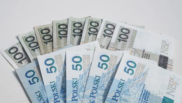 Ile kosztuje pracownik zatrudniony na umowę o pracę?