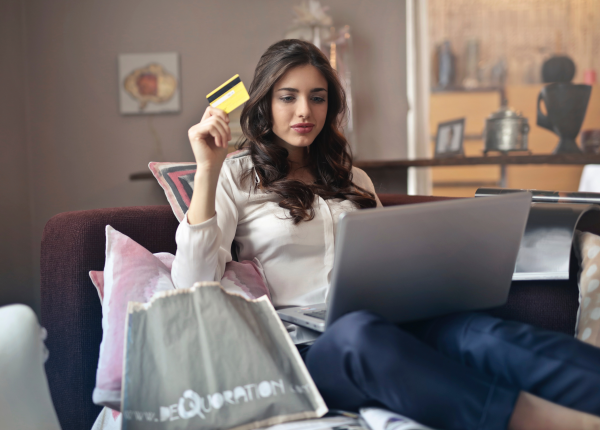 Jak bezpiecznie używać bankowości internetowej? Sprawdź te rzeczy!