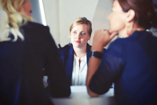 Na czym polega prowadzenie kadr i płac w firmie?
